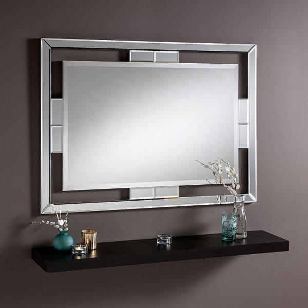Lorenza wooden frame