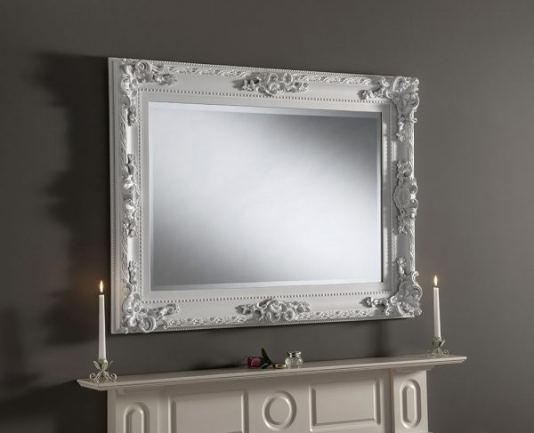 Traditional baroque mirror