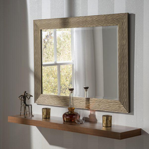 Odella mirror
